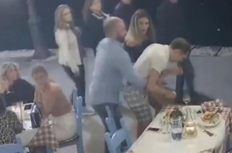 Σοκαριστικό βίντεο από τα Χανιά: Τουρίστας πνίγεται από μπουκιά και σώζεται τελευταία στιγμή!