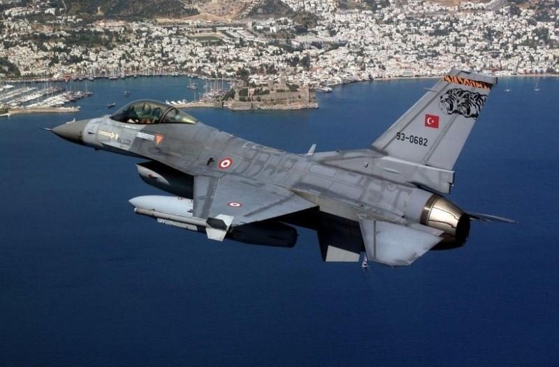 Ρίχνουν λάδι στην φωτιά: Μπαράζ τουρκικών προκλήσεων πάνω από το Αιγαίο!