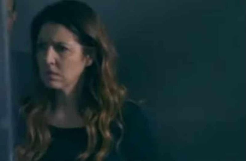 Η Επιστροφή: Η Άννα συντετριμμένη βλέπει τη μητέρα της στο ψυχιατρείο!