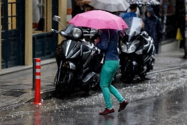 Καιρός: Βροχές και χαλάζι σε πολλές περιοχές - Έως έως 33 βαθμούς το θερμόμετρο!