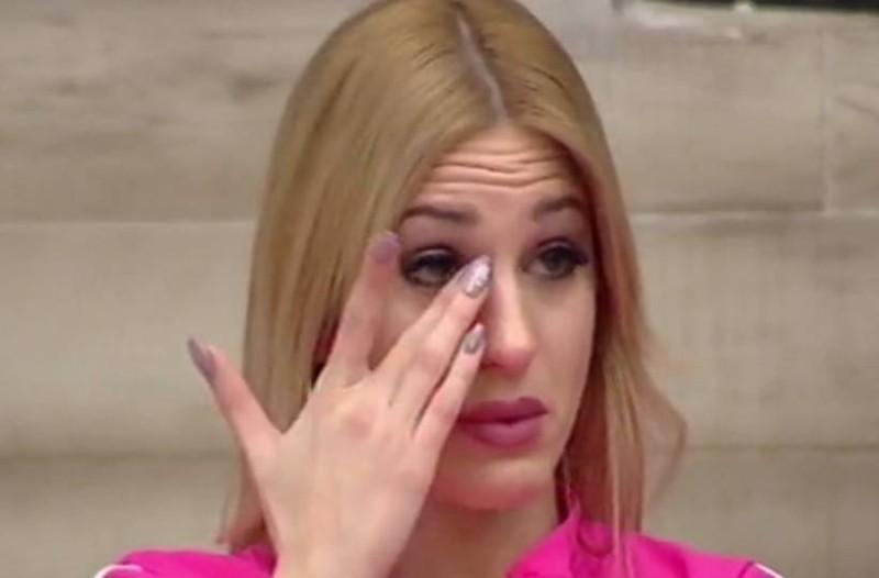«Αιμορραγούσα στα γυρίσματα, δεν τρώγαμε καλά!»: Αδειάζει την παραγωγή του Power Of Love η Κατερίνα Σαββοπούλου!