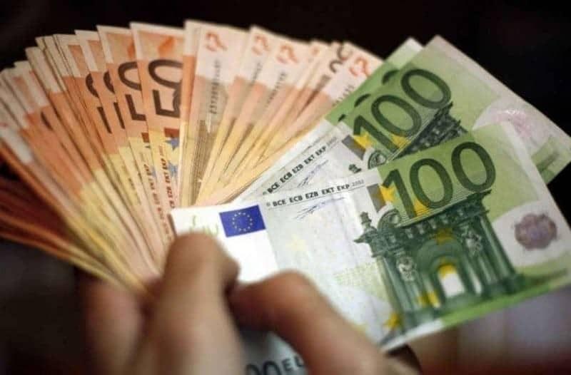 Τεράστια ανάσα: Μόλις έσκασε επίδομα μαμούθ 1.000 ευρώ!