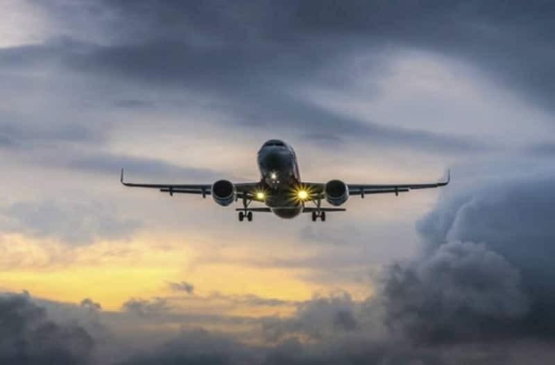 Ισόβια σε επιβάτη business class για σημείωμα αεροπειρατείας!