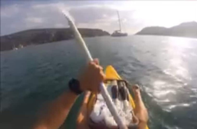 Aπίστευτο στη Χαλκιδική: Πήραν κανό για... ντελίβερι σε σκάφη!