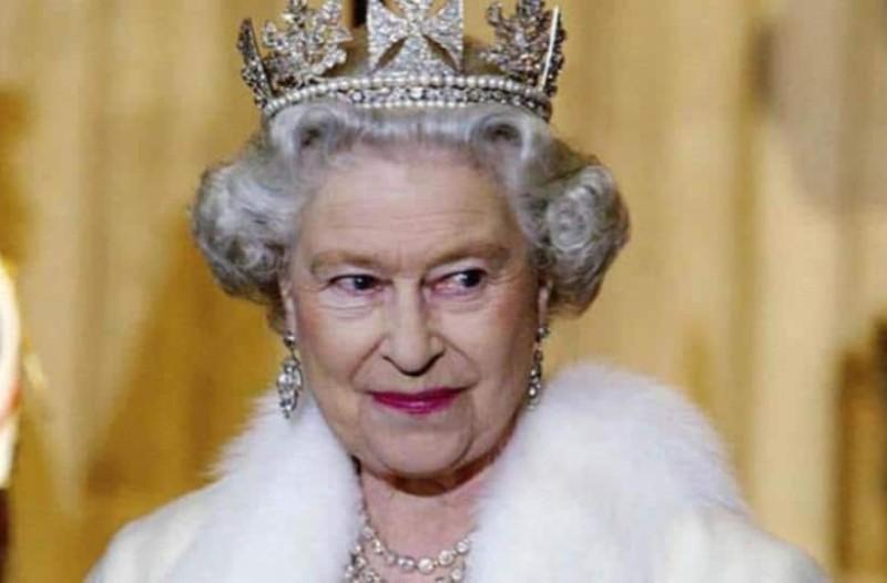 Εσείς  το γνωρίζατε; Γιατί η Βασίλισσα Ελισάβετ δεν έχει επισκεφθεί ποτέ την Ελλάδα;