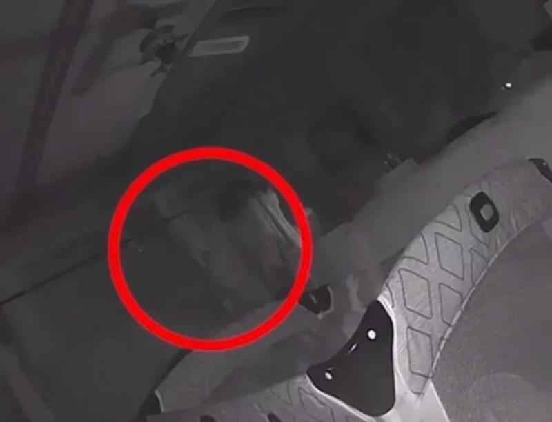 Έβαλαν κάμερα στο δωμάτιο του μωρού τους...Δεν πίστευαν στα μάτια τους μόλις είδαν τι κατέγραψε...