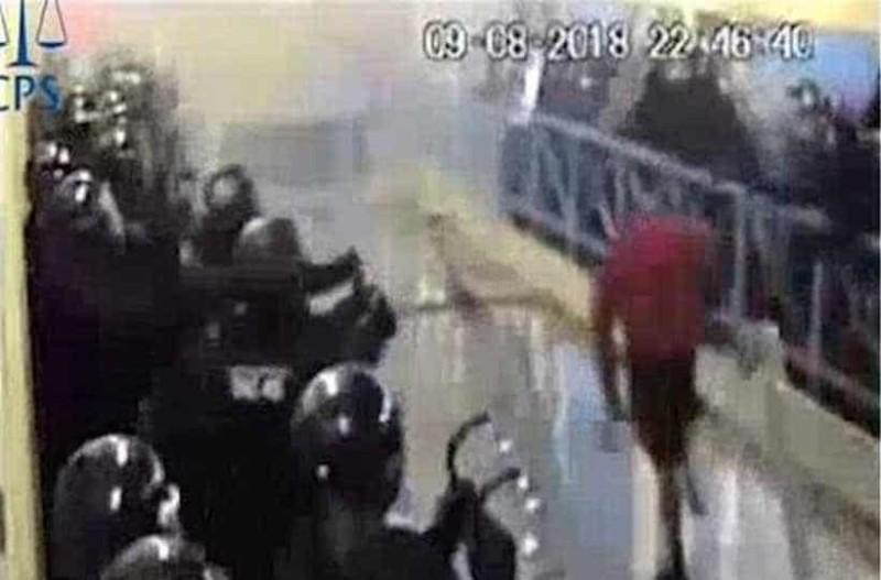 Ένταση σε φυλακή με κρατούμενο - Χρειάστηκαν 100 αστυνομικοί για να τον σταματήσουν!