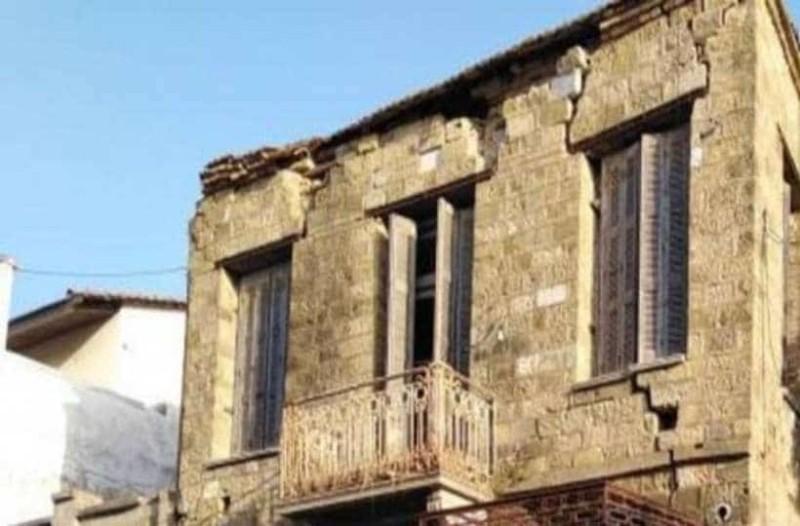 Σοκ στην Αχαϊα: Σε ερειπωμένο σπίτι άνδρας έδεσε δυο παιδιά!