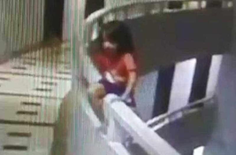 Σοκαριστικό: 5χρονη υπνοβάτης πέφτει από τον 11ο όροφο και επιζεί!