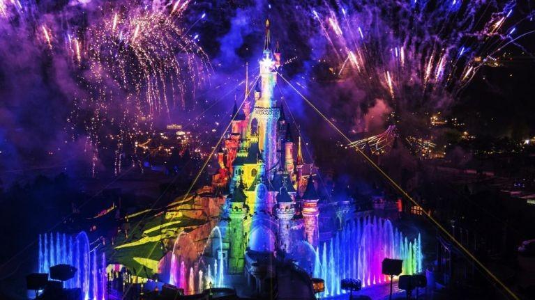 Η Disneyland το πάει σε άλλο επίπεδο: Το πρώτο pride μέσα στο Πάρκο!