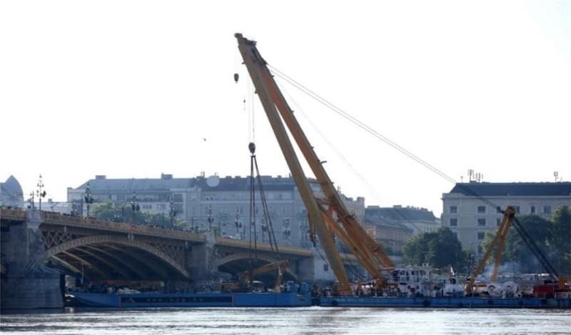 Ανελκύστηκε το ναυάγιο του Δούναβη! (Photo)