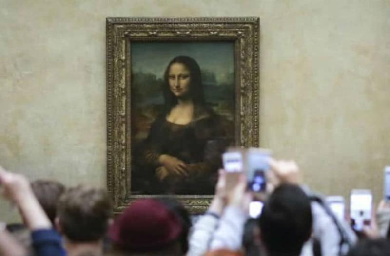 Μουσείο Λούβρου: Μετακομίζει ο πίνακας της Μόνα Λίζα!