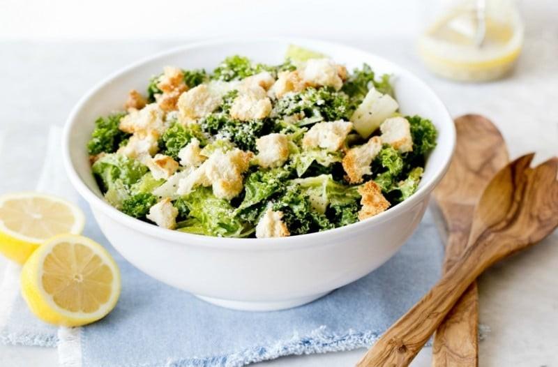 Σαλάτα του Καίσαρα: Το αγαπημένο πιάτο του καλοκαιριού!
