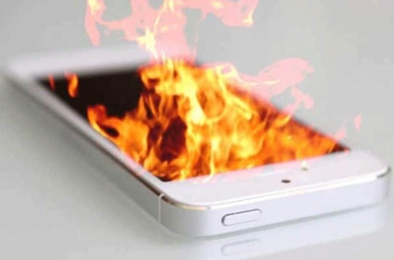 Σας αφορά όλους: Γιατί  ζεσταίνεται το κινητό μου;