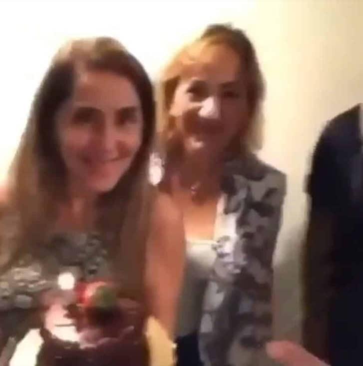 Κανόνισε έκπληξη για τα γενέθλια της γυναίκας