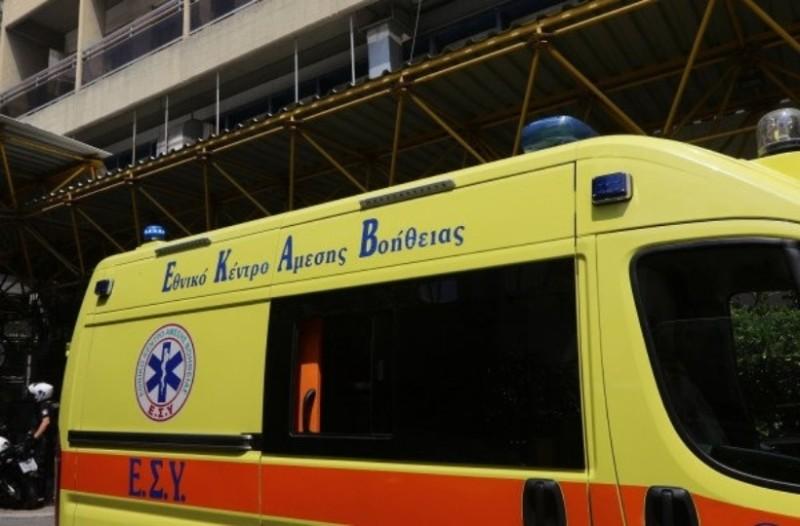 Σεισμός στην Αθήνα: Το ΕΚΑΒ δέχτηκε κλήσεις για τραυματισμούς από θραύσματα και σπασμένα τζάμια!