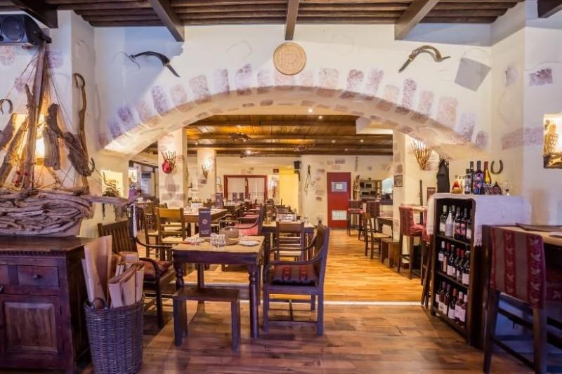 Πασιφάη: Το εστιατόριο με άρωμα Κρήτης στη Γλυφάδα!