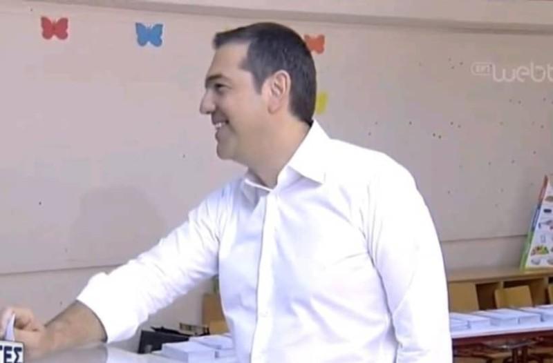 Ψήφισε ο Αλέξης Τσίπρας στην Κυψέλη!