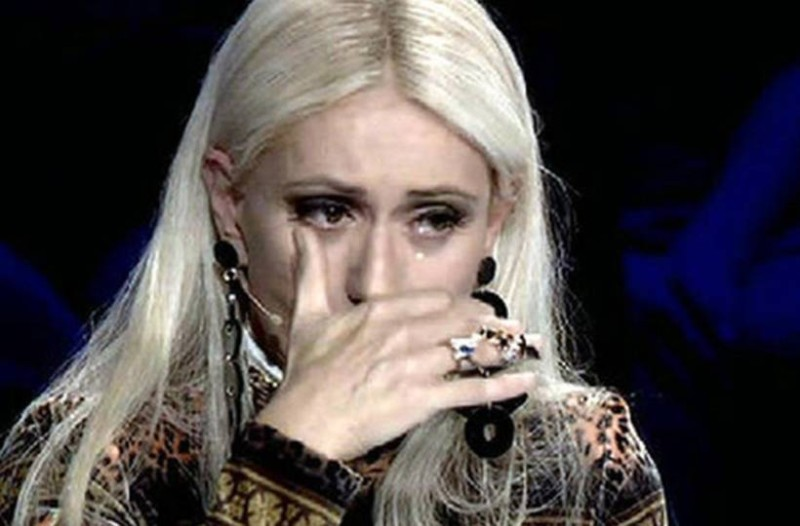 «Με πονάει πάρα πολύ…»: Κατέρρευσε η Μαρία Μπακοδήμου!