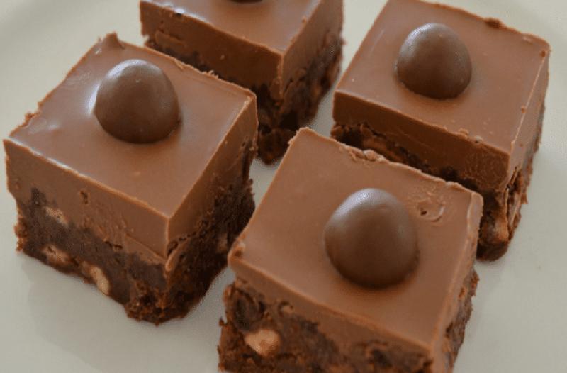 Σοκολατένιες μπισκοτομπουκίτσες με 3 υλικά!
