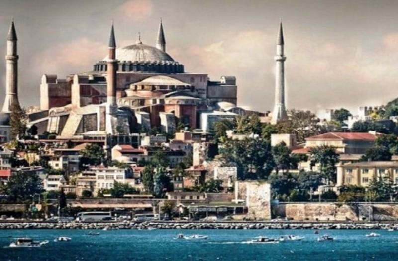 Δήλωση- βόμβα καθηγητή σεισμολογίας: «Θα γίνει σεισμός στην Κωνσταντινούπολη και μόνο η Αγία Σοφία θα αντέξει σε…»