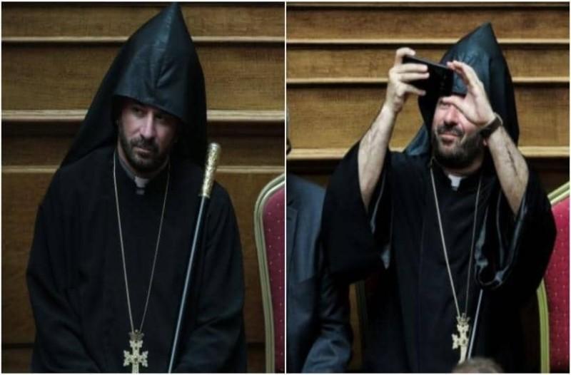 Απίστευτος: Αυτός είναι ο  Ιερέας που «Λάτρεψε» η Βουλή! Έβγαλε το κινητό και άρχισε τις Selfie την ώρα της Ορκωμοσίας!