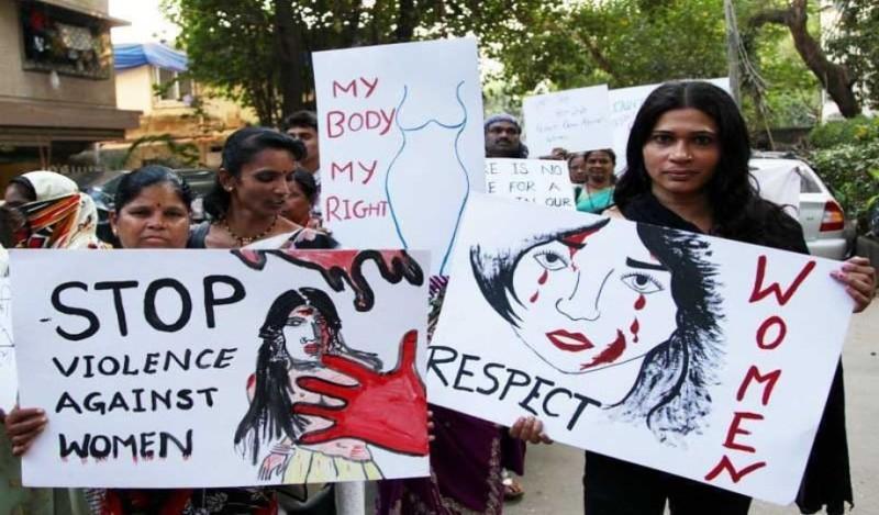 Ινδικό κορίτσι που βγαίνει με ένα μαύρο άντρα match.com dating UK