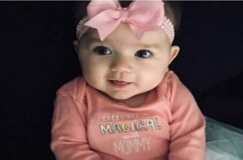 Φρίκη: Βρήκε στο στόμα του μωρού της ένα τεράστιο μαύρο...