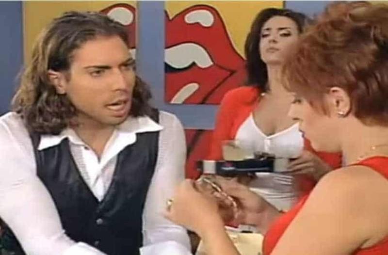 Δείτε πως είναι σήεμερα ο «χαρτοπαίκτης» του «Κωνσταντίνου και Ελένης»! Θα πάθετε πλάκα!