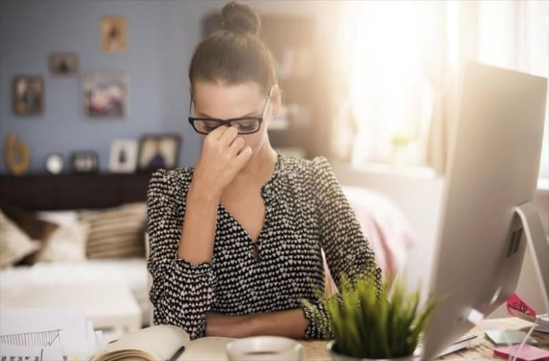 Το γνωρίζατε; Η υπερβολική κατανάλωση καφέ προκαλεί πονοκεφάλους!