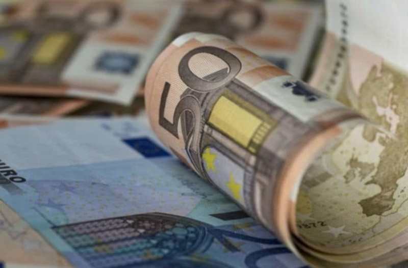 Κοινωνικό μέρισμα: 612 ευρώ στους λογαριασμούς σας!
