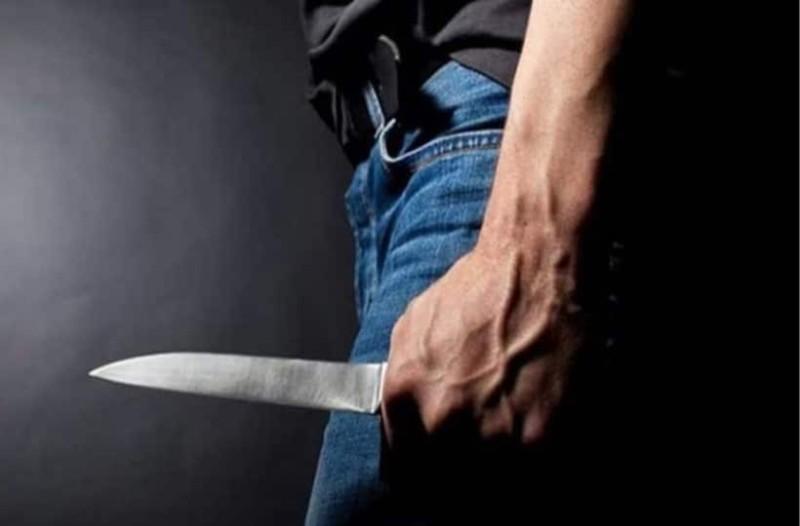 Τρόμος στο νοσοκομείο Χανίων: Άντρας έβγαλε μαχαίρι στα επείγοντα! (Video)