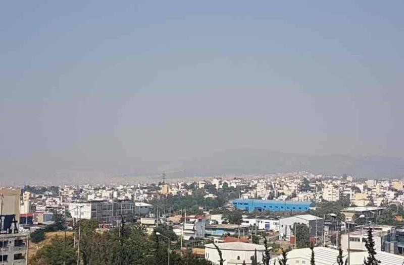 Μεγάλη πυρκαγιά στη Θήβα: Οι καπνοί έφθασαν ως την Αθήνα! (photo)