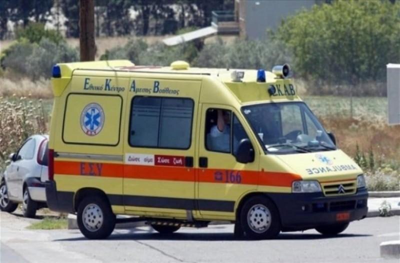 Θρίλερ στη Θεσσαλονίκη: Γυναίκα έπεσε από το δεύτερο όροφο στο φωταγωγό! (photo-video)
