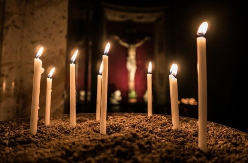 Η προφητεία του Αγίου Σεραφείμ του Σάρωφ: Το κερί!
