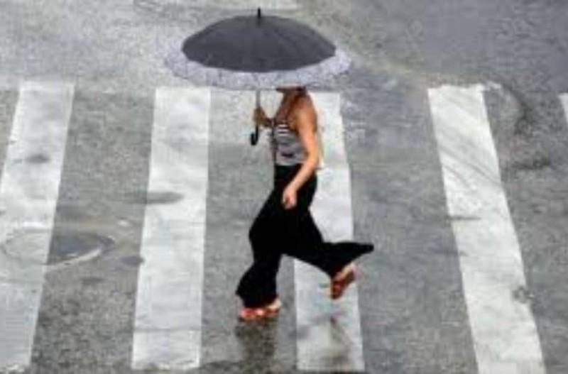 Δεκαπενταύγουστος με βροχές και χαλάζι! Που χαλάει ο καιρός;