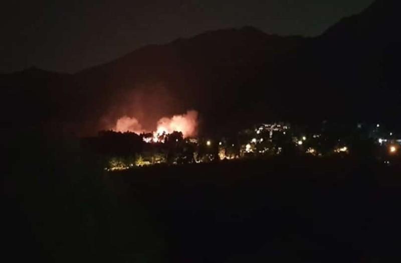 Πυρκαγιά στον Διόνυσο: Συνεχίζεται η «μάχη» με τις φλόγες! (photos-video)