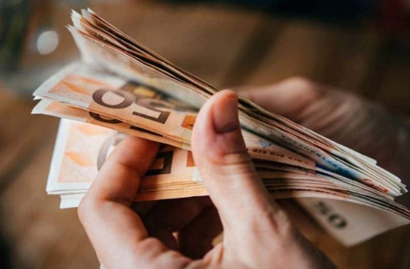 Επίδομα ανάσα: Επιπλέον 586 ευρώ! Σας αφορά