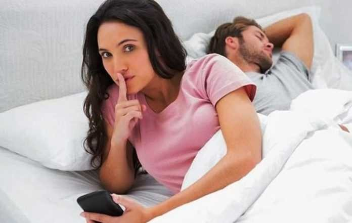 Αληθινή ιστορία: «Έπιασα τον άντρα μου να φοράει τα σουτιέν μου