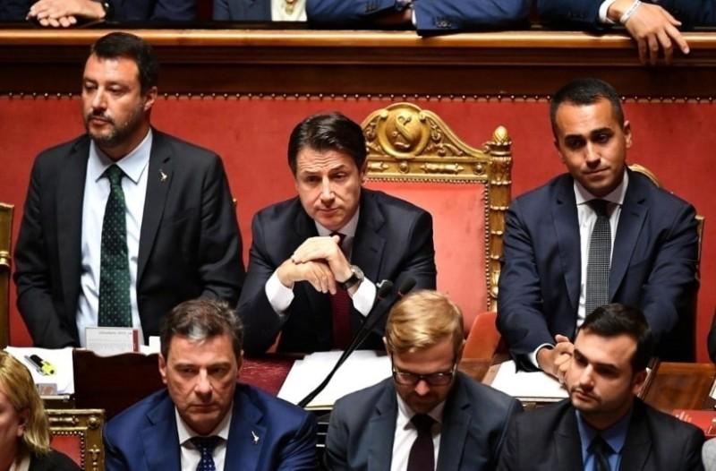Ποια είναι τα σενάρια για την Ιταλική κρίση;