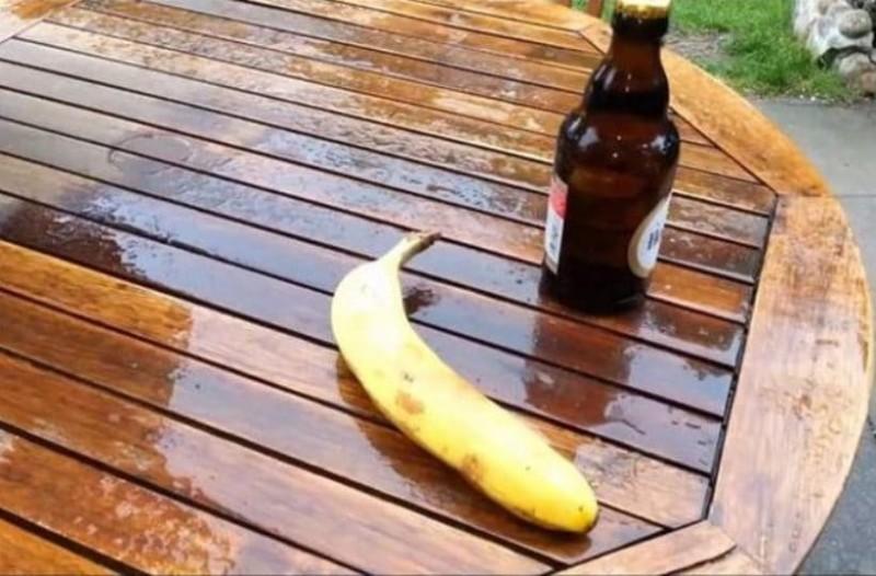 Θα μείνετε άφωνοι: Με αυτόν τρόπο μπορείς να ανοίξεις μια μπύρα με...μπανάνα!(Video)