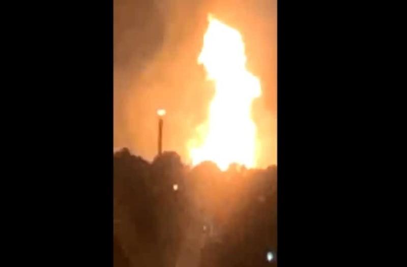 Ισχυρή έκρηξη σε αγωγό φυσικού αερίου - Τουλάχιστον ένας νεκρός! (Video)