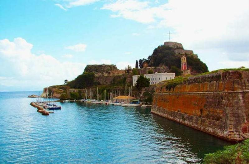 Κέρκυρα: Οι τουριστικοί άσσοι που πρέπει να επισκεφτείτε!