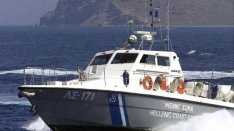 Σύγκρουση θαλάσσιου ταξί με flying cat στην Ύδρα!