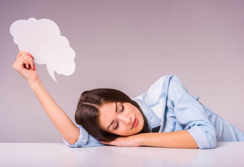 Εσείς ξέρατε γιατί μερικοί στον ύπνο τους μιλάνε;