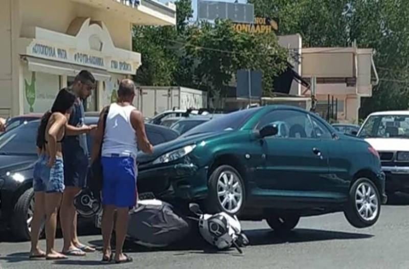 Τροχαίο σοκ στο Πόρτο Ράφτη: Αυτοκίνητο  «καβάλησε» μηχανή!