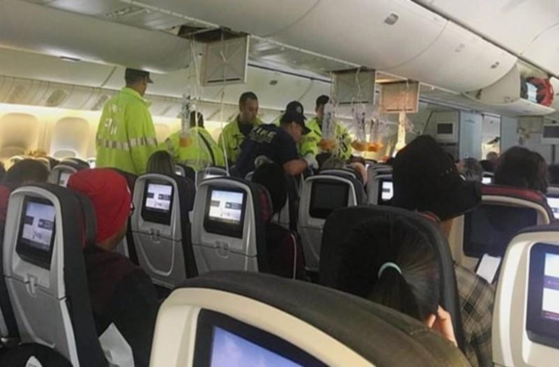 Θρίλερ στον αέρα: 14 επιβάτες τραυματίστηκαν από αναταράξεις!