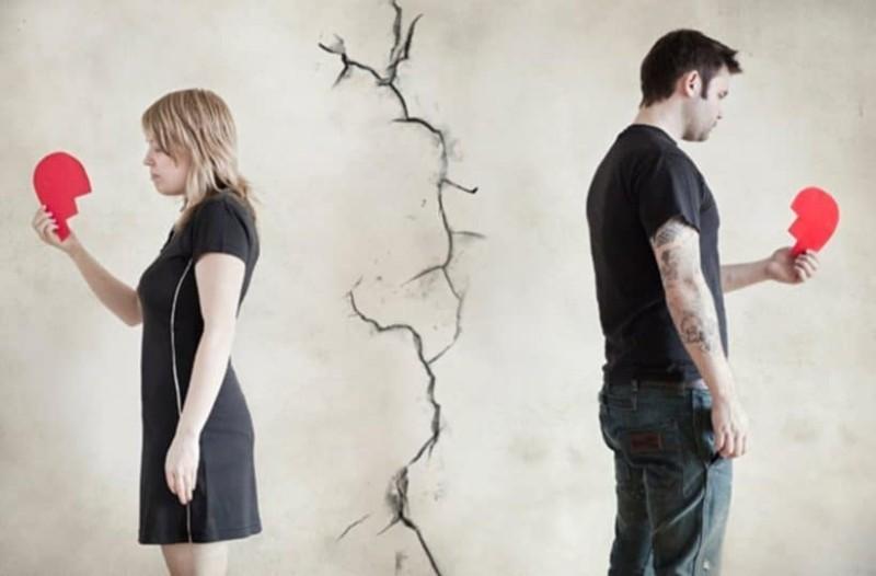 Όταν οι σχέσεις σιωπούν τότε... τα πράγματα δεν είναι  καλά!