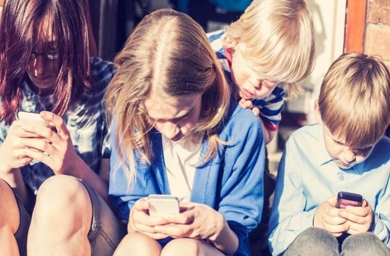 Πώς να καταλάβετε ότι το παιδί σας έχει εθιστεί στην τεχνολογία!