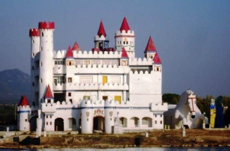 Αυτό το παραμυθένιο κάστρο είναι αληθινό και βρίσκεται στην Ελλάδα! (photos)